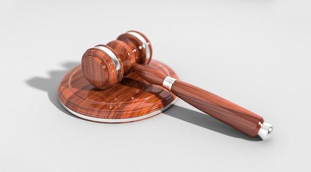 Czego musimy oczekiwać od należytego prawnika?